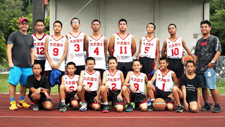 大武國中男籃,108年大武青武盃少年籃球邀請賽墊軍,球隊合影。